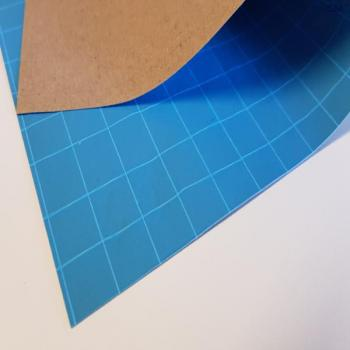 Kraftliner extruded with PE blue and glass fabric